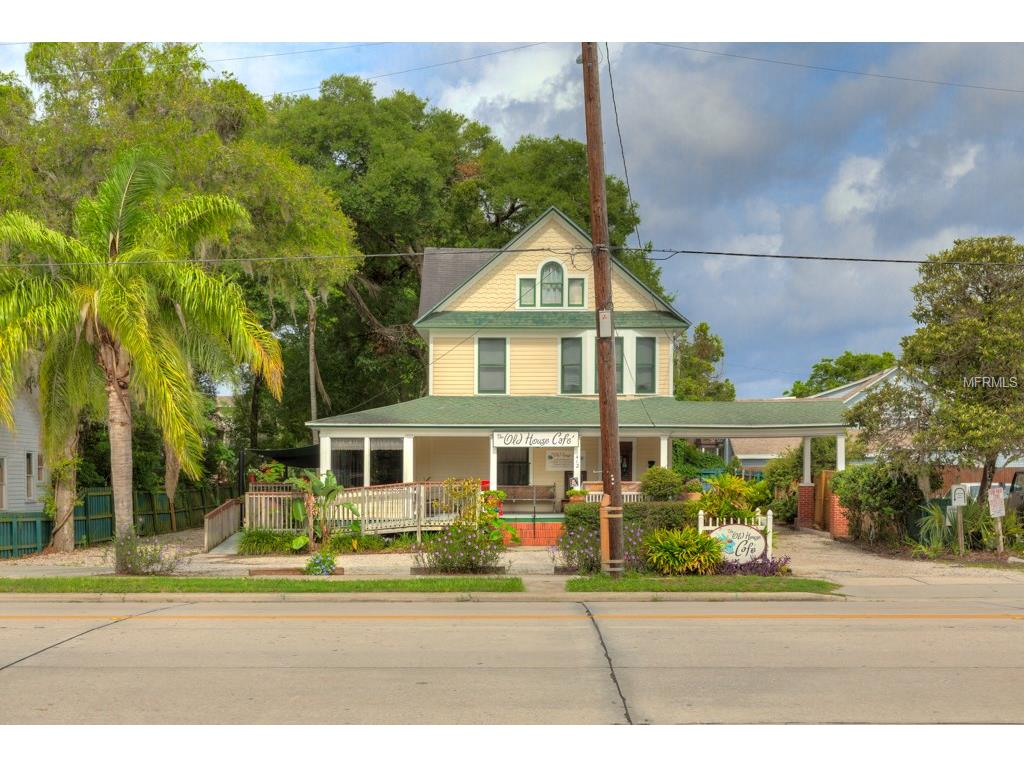 Browse deland florida 39 s historic homes for sale for Victorian homes for sale florida